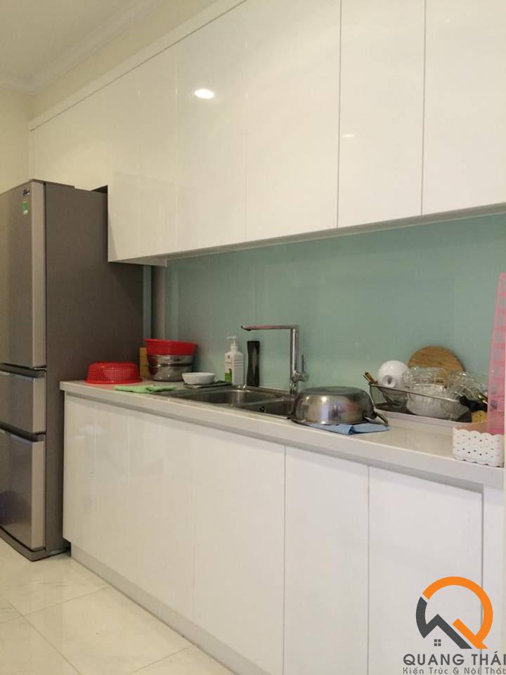 Phòng bếp nội thất căn hộ Vinhome - Mr Ái hiện đại, sang trọng.