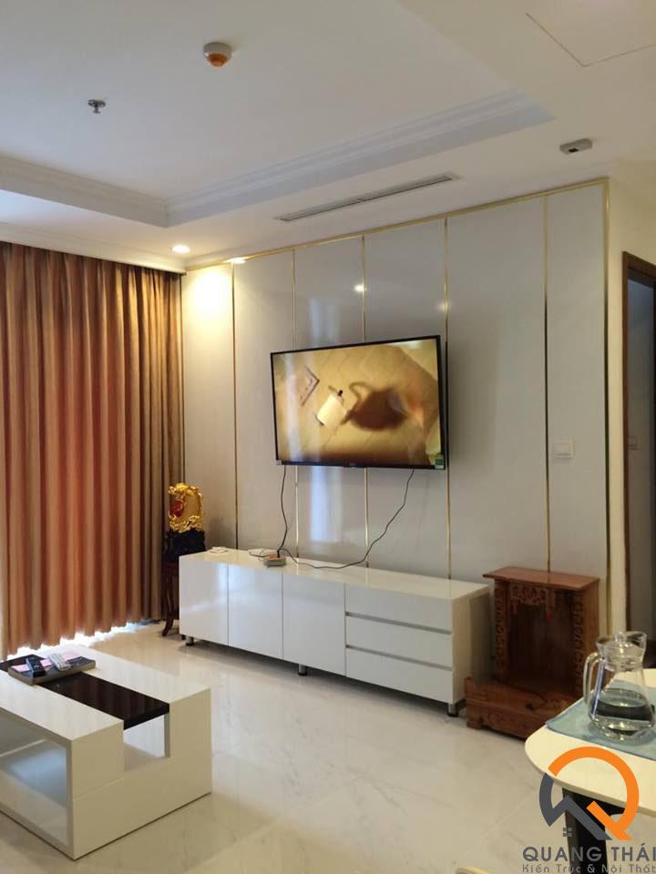 Phòng khách nội thất căn hộ Vinhome - Mr Ái hiện đại, sang trọng.